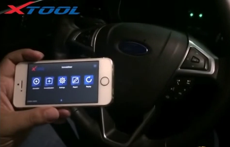 xtool-x100-c-key-programmer-for-android-ios-Ford-Edge-key-4