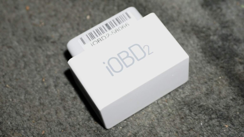 xtool-iobd2-bluetooth-scanner-review-2