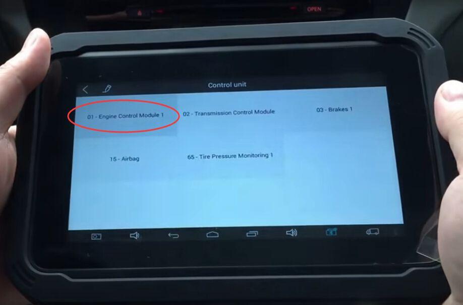 xtool-ez300-review-diagnose-audi-a5-engine-transmission-4