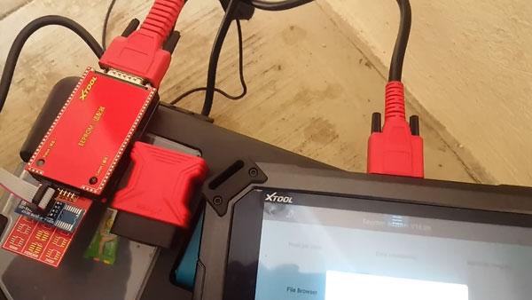 Xtool-x100-pad2-read-peugeot-bsi-pin-code-1