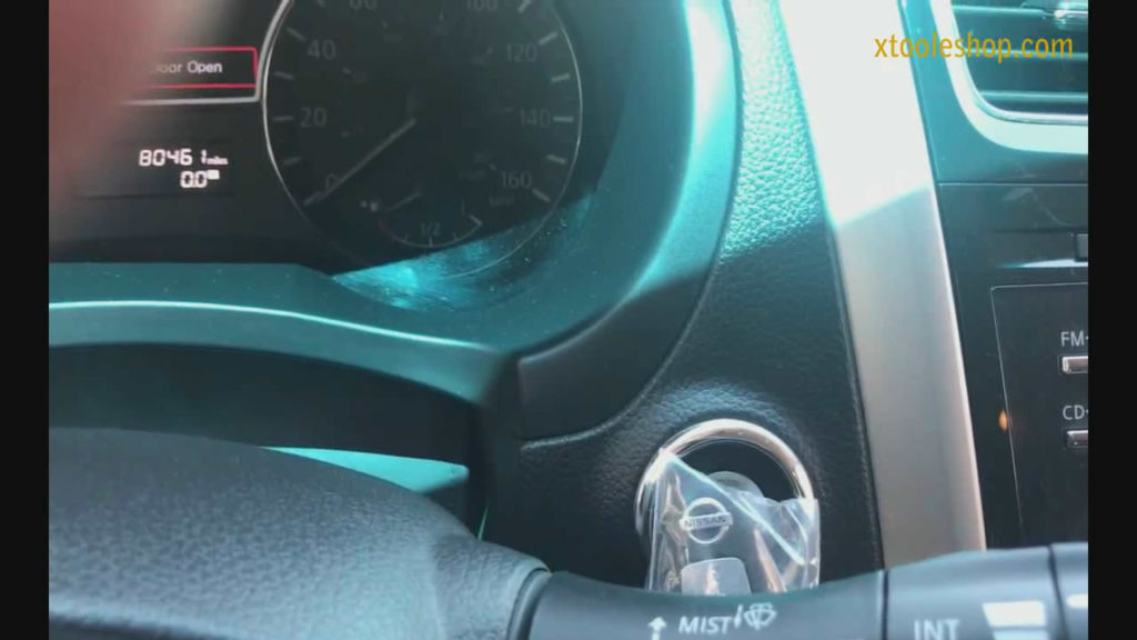 XTOOL EZ400 Pro 2013 Nissan Altima Sedan 20pin Smart Key